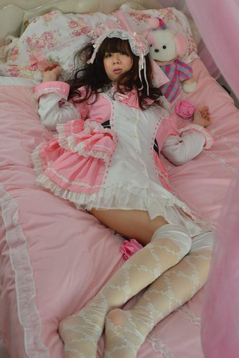 ピンクうさ耳。新大阪の女装サロン「ひめべや」の衣装です。「ひめべや」はあなたの「女の子になりたい」を叶えるサロンです。