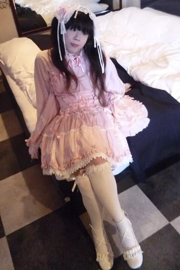 浴衣風ロリ。新大阪の女装サロン「ひめべや」の衣装です。「ひめべや」はあなたの「女の子になりたい」を叶えるサロンです。
