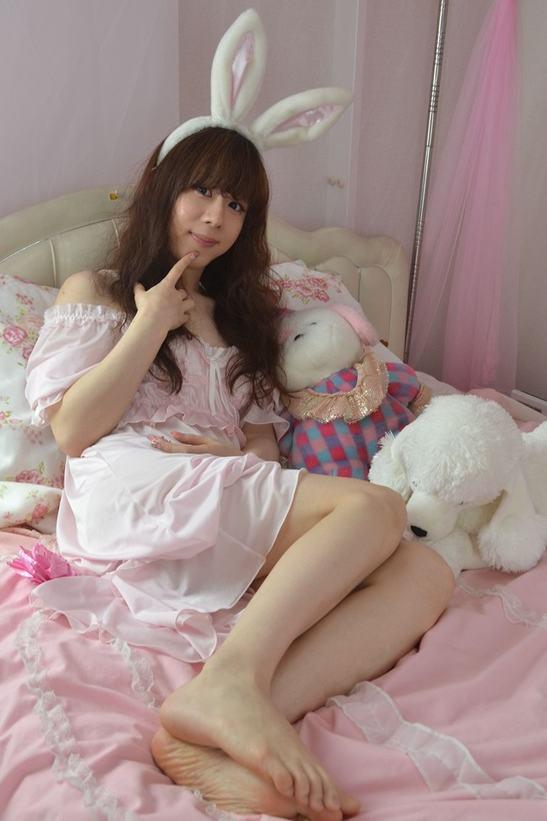 ネグリジェ。新大阪の女装サロン「ひめべや」の衣装です。「ひめべや」はあなたの「女の子になりたい」を叶えるサロンです。