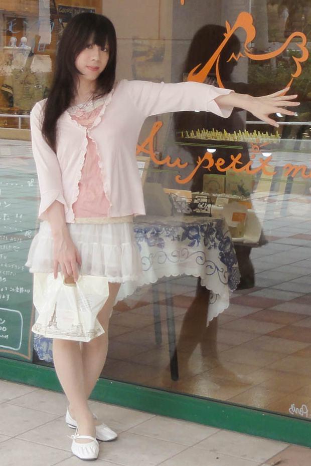 ピンクコーデ。新大阪の女装サロン「ひめべや」の衣装です。「ひめべや」はあなたの「女の子になりたい」を叶えるサロンです。